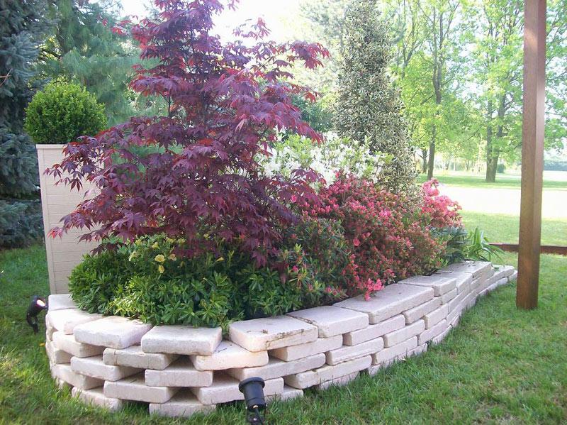 Giardini aldrovandi vivai for Giardini con aiuole